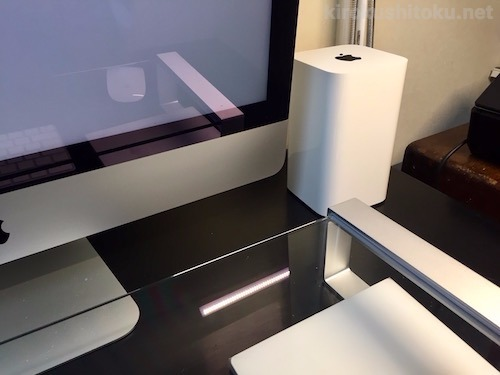 机の角に置いてあるタイムカプセル