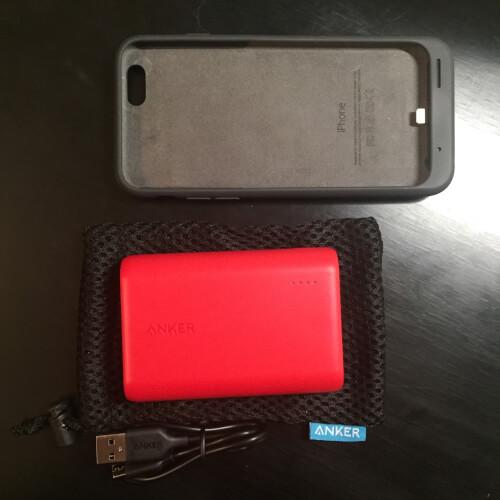 Anker PowerCore 10000 とSmart Battery Caseの大きさ比較